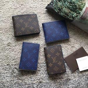 $150 Louis Vuitton wallets